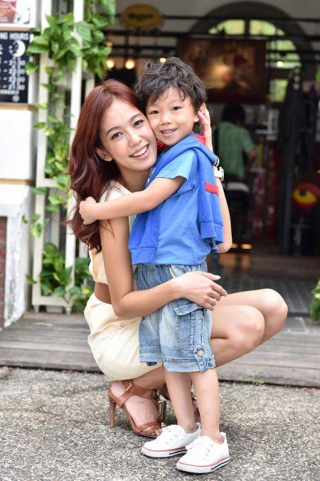 mom_son